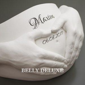Gipsabdruck Babybauch mit Händen Heart Belly